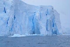 Falaises de glace Photographie stock