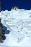Falaises de glace au-dessous de l'Aiguille du Midi Photo libre de droits