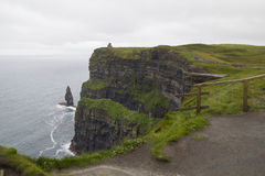 Falaises de moher dans Clare Co , L'Irlande Image libre de droits