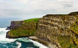 Falaises de Moher, Irlande images libres de droits