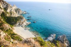 Falaises des côtes italiennes images stock