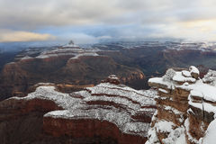 Falaises enduites Grand Canyon de neige Photo stock