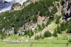 Falaises et montagnes dans l'Espagnol Pyrénées Images libres de droits