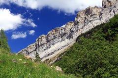 Falaises et montagnes dans l'Espagnol Pyrénées Image libre de droits