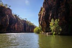 Falaises impressionnantes de grès chez Katherine River Gorge Image libre de droits