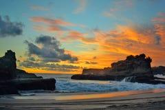 Falaises Java-Orientale de coucher du soleil Images stock