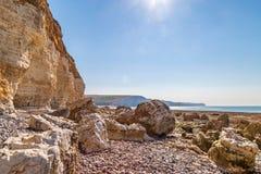 Falaises le long de la côte du Sussex image stock