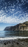 Falaises point de repère et plage de gigantes de visibilité directe dans Ténérife Espagne Images libres de droits