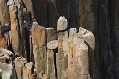 Falaises rocailleuses de littoral Photos libres de droits