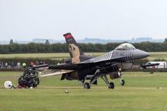 Falcão de combate turco de General Dynamics F-16CG da força aérea 91-0011 da equipe de solo da exposição do ` do turco do ` Imagem de Stock