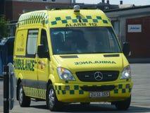 Falck-Krankenwagen Dänemark Stockbild