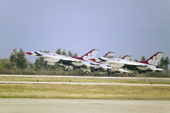 Falcons di combattimento dell'aeronautica di Stati Uniti F-16C, Immagini Stock Libere da Diritti