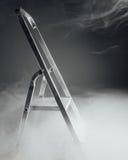 Falcowanie drabina w dymu zdjęcia stock