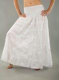 Falda blanca larga Foto de archivo libre de regalías