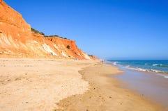 Falesia海滩看法  免版税库存照片