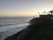 Faleza przy Pismo plażą Zdjęcie Stock
