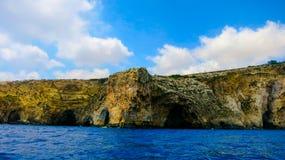 Faleza w morzu Zdjęcie Royalty Free