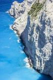 Faleza w morzu Błękitne wody Mediterranian zdjęcia stock