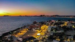 Faleza widok Puerto Penasco Skalisty punkt Przy półmrokiem Zdjęcie Royalty Free