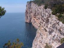Falezy blisko Zadar, Chorwacja Zdjęcia Royalty Free