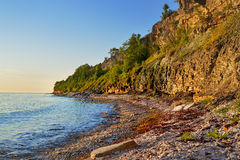 Falezy przy wybrzeżem w Paldiski Zdjęcia Royalty Free