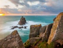 Falezy przy ziemi końcówką Cornwall Fotografia Royalty Free