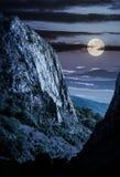 Falezy Trascau gór jar przy nocą obraz stock