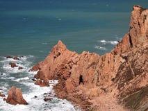 Falezy w Cabo da Roca blisko Sintra, Portugalia, kontynentalny Europe's westernmost punkt Zdjęcia Royalty Free