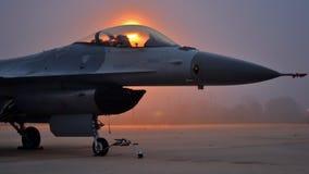 Falk/huggorm för stridighet F-16 Arkivfoto