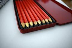 Fall av blyertspennor royaltyfria bilder