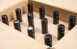 Fall av 12 flaskor av vin 2 Fotografering för Bildbyråer