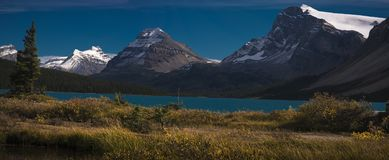 Fall in Canadian Rockies. Deep blue skies and snowy peaks Stock Photography