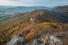 Fall color and Blue Ridge Mountains from Little Stony Man Cliffs, on the Appalachian Trail in Shenandoah National Park, Virginia stock photo