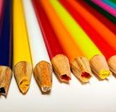Fall coloreado de los sacapuntas de lápiz imagenes de archivo