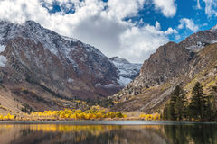 Fall colors at Parker Lake in the Eastern Sierra Royalty Free Stock Photography