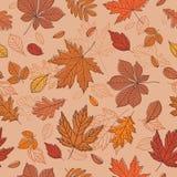 Fall der Blätter Dunkelbrauner Hintergrund mit Hand gezeichneten Blättern Nahtloses Muster für Gewebe, Tapeten, Geschenkverpackun Stockfotografie