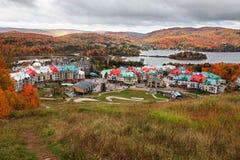 Fall-Farben in Mont-Tremblant, Quebec, Kanada Lizenzfreies Stockfoto