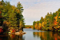 Fall Folliage and a lake. Royalty Free Stock Images