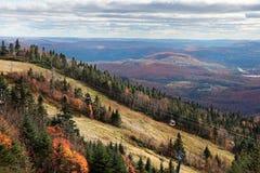 Fall-Jahreszeit oben auf Mont-Tremblant Lizenzfreie Stockfotografie