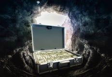 Fall mycket av dollar Arkivbild