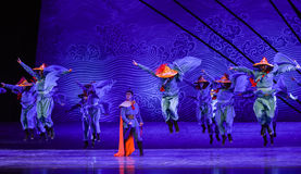 """Fall over one another-Dance drama """"The Dream of Maritime Silk Road"""". Dance drama """"The Dream of Maritime Silk Road"""" centers on the plot of two Stock Images"""