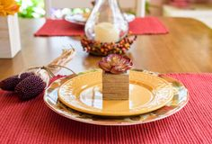 Fall placesettings stockbild
