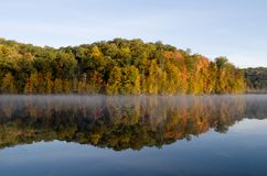 Fall reflections at Monksville Reservoir Royalty Free Stock Photography