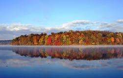 Fall-Reflexion Lizenzfreies Stockbild