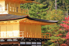 Fall season of Kinkaku-ji Zen Buddhist temple Stock Photos