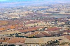Fall-Weinberge Paso Robles angesehen von einem Flugzeug - erstaunliche Herbstfarben Lizenzfreies Stockfoto