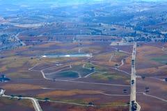 Fall-Weinberge Paso Robles angesehen von einem Flugzeug - erstaunliche Herbstfarben Lizenzfreie Stockfotografie