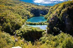 Fallande lakes av den Plitvice nationalparken arkivfoton