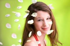 fallande petals Royaltyfria Foton