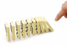 Fallen eines dominoe Lizenzfreie Stockfotos